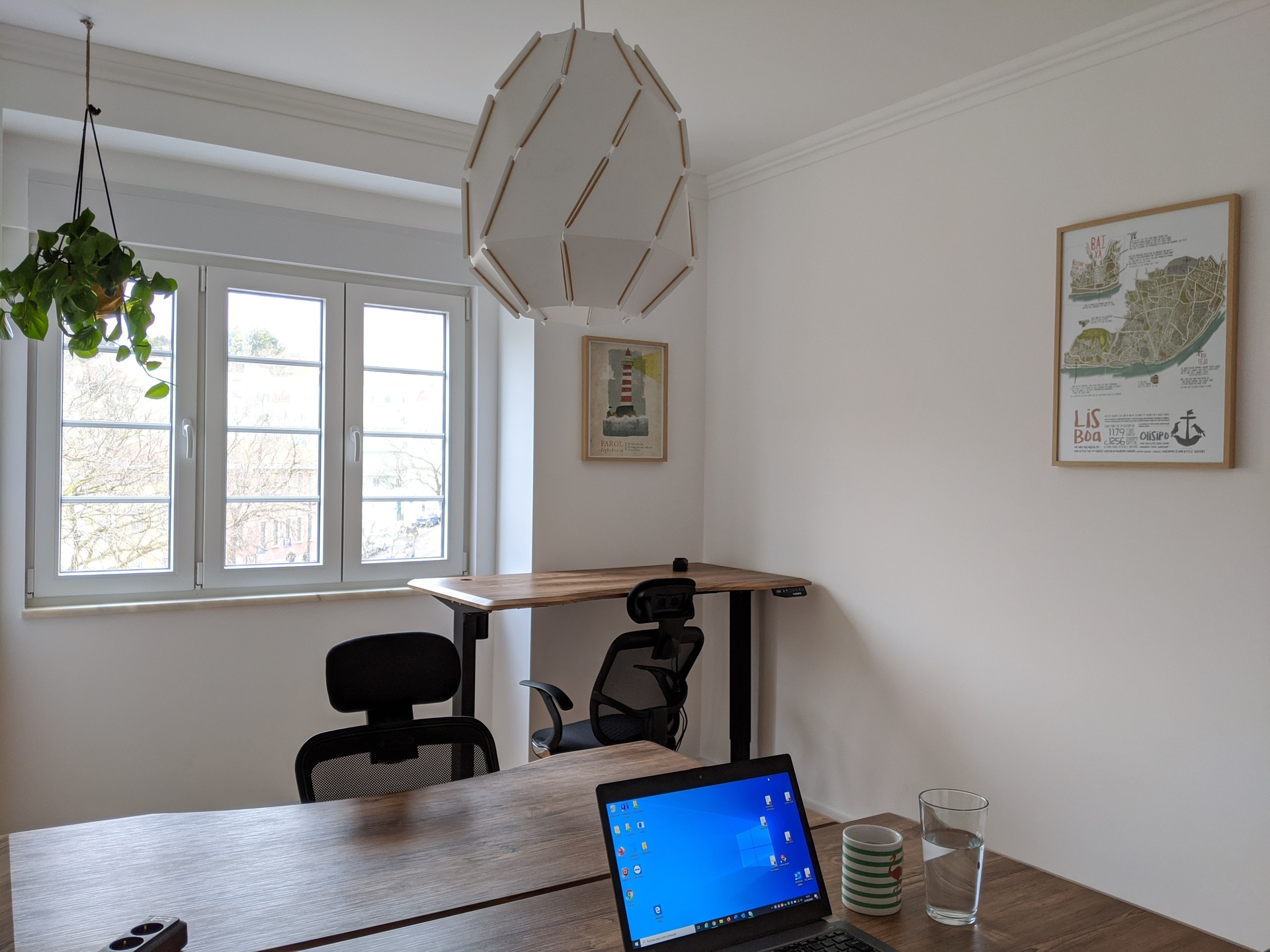 Small room, with three desks